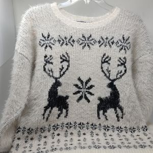 FOREVER 21 soft medium sweater long sleeve